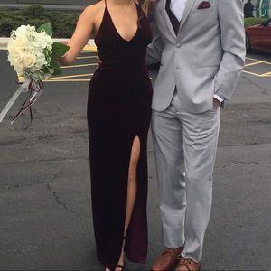 Maroon bodycon velvet dress